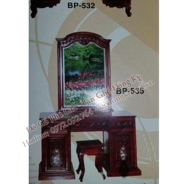 http://xn--gngk-zuab8344cca8a4z.vn//hinh-anh/images/ban-trang-diem/ban%20phan%205.jpg