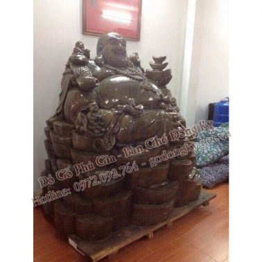 http://xn--gngk-zuab8344cca8a4z.vn//hinh-anh/images/do-tho-cung-tuong/tuong%20ong%20di%20lac%20go%20nu%20nghien1.jpg